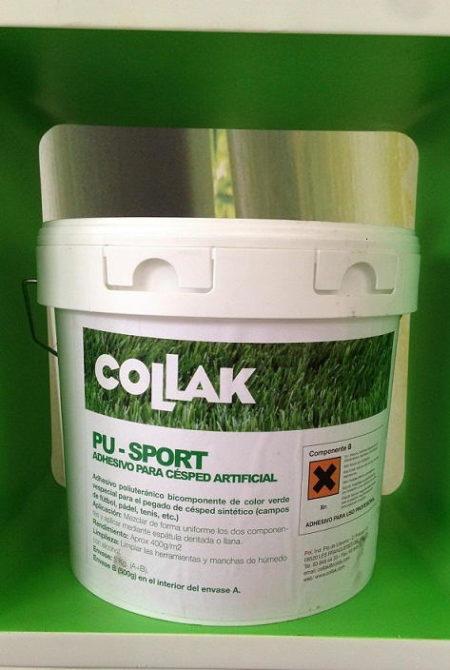 La colle utilisée est du polyuréthane bicomposé, de couleur verte et spéciale pour le collage du gazon artificiel