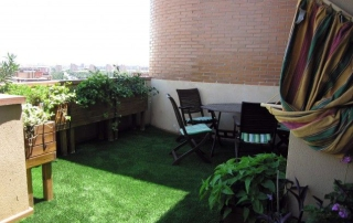 Installation pelouse artificielle correcte