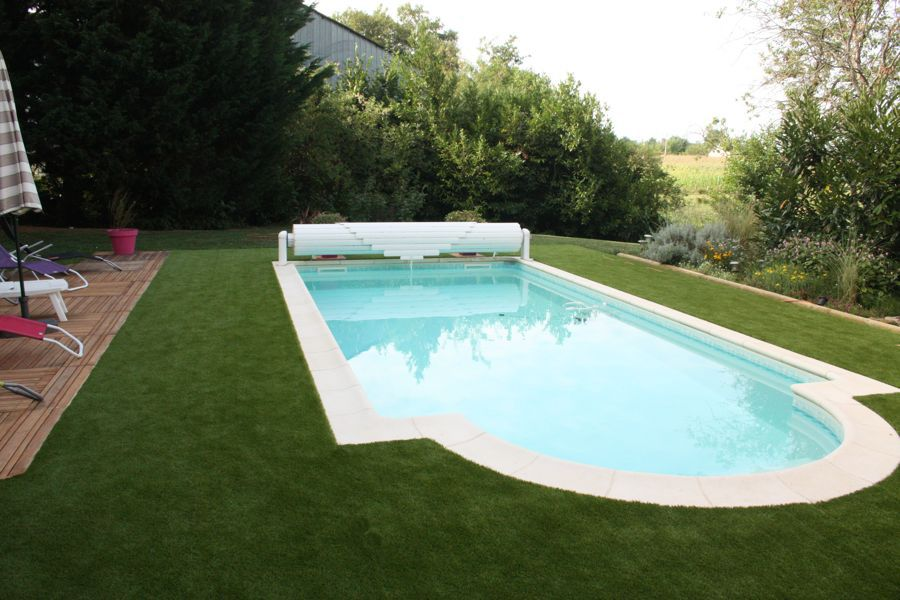 cesped artificial en piscina modelo GREEN40
